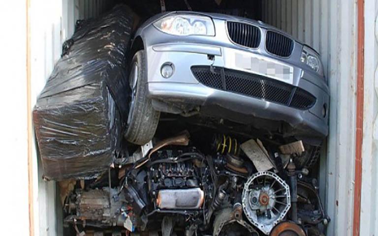 Εξαρθρώθηκε συμμορία που διέπραττε κλοπές πολυτελών Ι.Χ.Ε. αυτοκινήτων