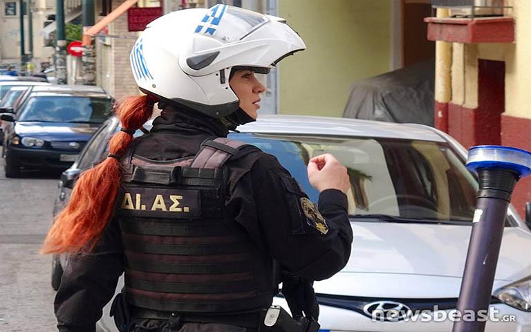 Εξαρθρώθηκε εγκληματική ομάδα που διέπραττε συστηματικά κλοπές σε περιοχές των Νοτίων Προαστίων