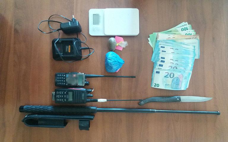 Σύλληψη 22χρονου στα Γρεβενά για παράβαση του νόμου περί όπλων και περί ναρκωτικών