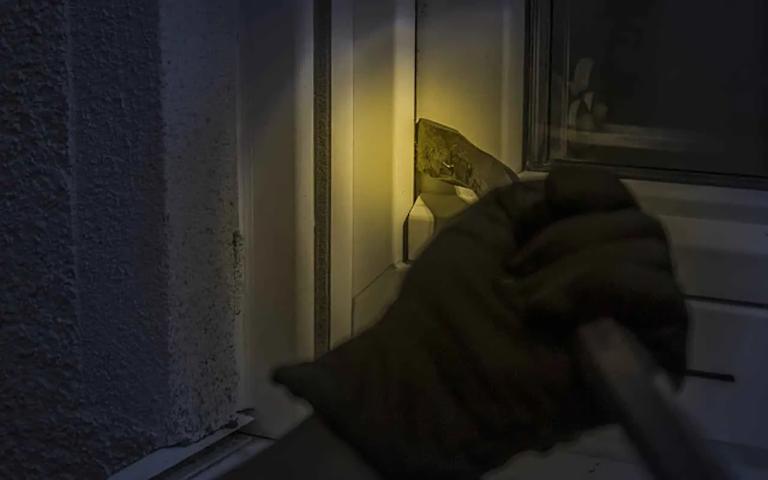 Συνελήφθη κακοποιός στη Λιβαδειά, σε βάρος του οποίου εκκρεμούσε καταδικαστική Απόφαση για κλοπή