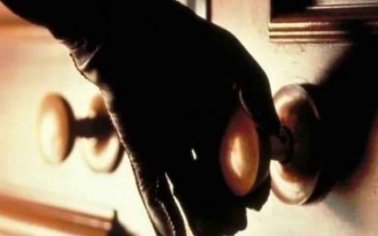 Σύλληψη τριών ατόμων για απόπειρα διάρρηξης διαμερίσματος στην περιοχή της Καλαμαριάς