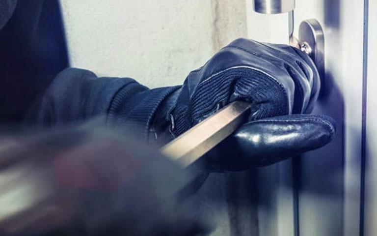 Συνελήφθη αλλοδαπός για διακεκριμένες περιπτώσεις κλοπών στην Καλλιθέα