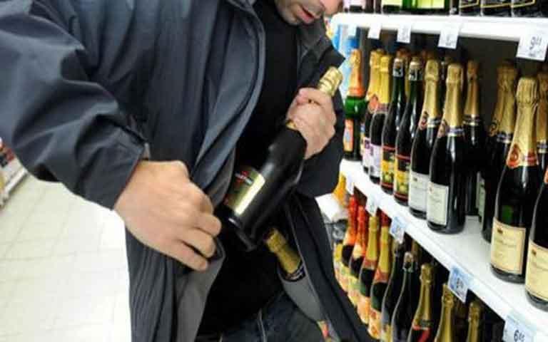 Συνελήφθη άνδρας στη Χαλκίδα, για κλοπή από super market