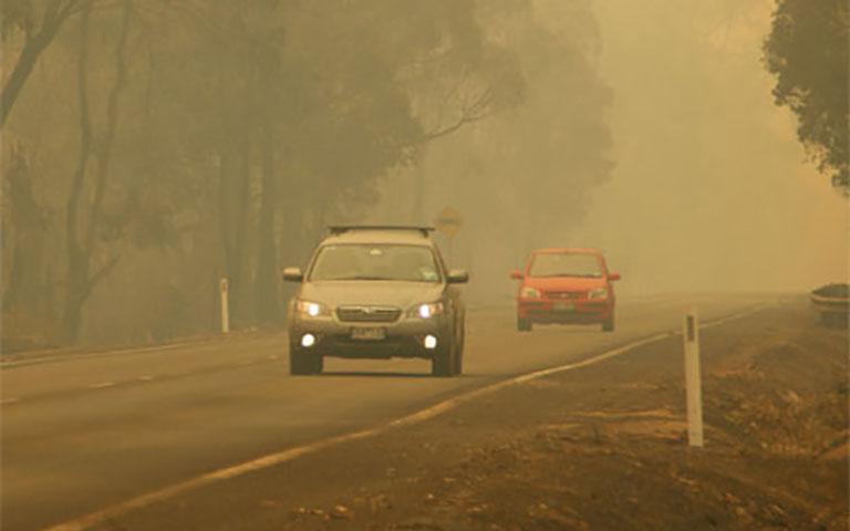 Οδήγηση κατά τη διάρκεια πυρκαγιάς