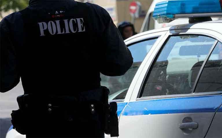 Κλοπή έγινε μέσα σε αστυνομικό τμήμα, με αποτέλεσμα να κάνουν φτερά 15.000 ευρώ.