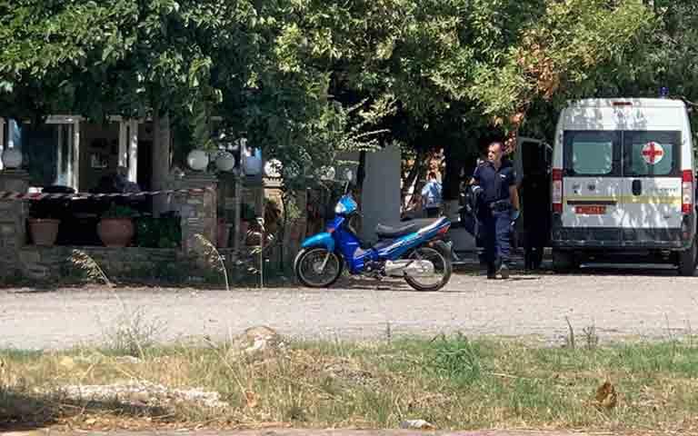 Δολοφόνησε τη γυναίκα του μέσα σε ταβέρνα στην Λάρισα