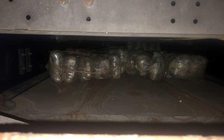 Έπιασαν οδηγό φορτηγού με 50 κιλά κάνναβη