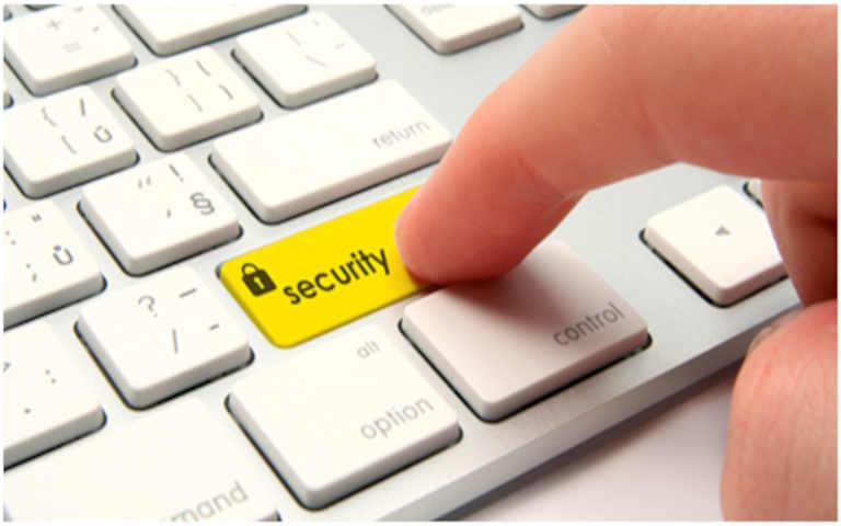 Πώς να προστατευτείτε από διαδικτυακές απάτες